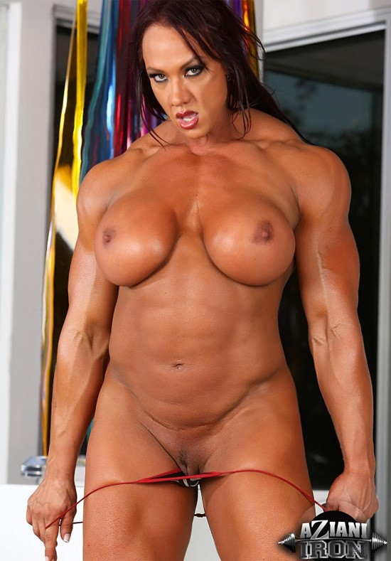 Tall Massive Muscle Goddess Amber Deluca posing very sexy from aziani ...